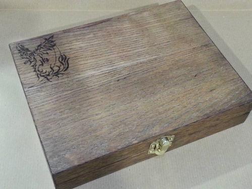 Creazioni Artigianali Savalli - Cofanetto in legno di betulla e piallaccio di rovere con pirografia
