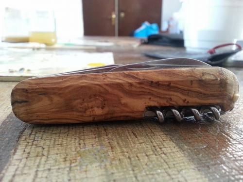 Creazioni Artigianali Savalli - Guancette in legno per coltelli, modellate a mano