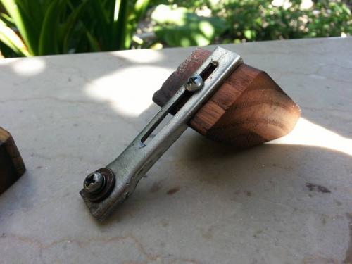 Creazioni Artigianali Savalli - Pialletto modellato a mano con affilatore per lama
